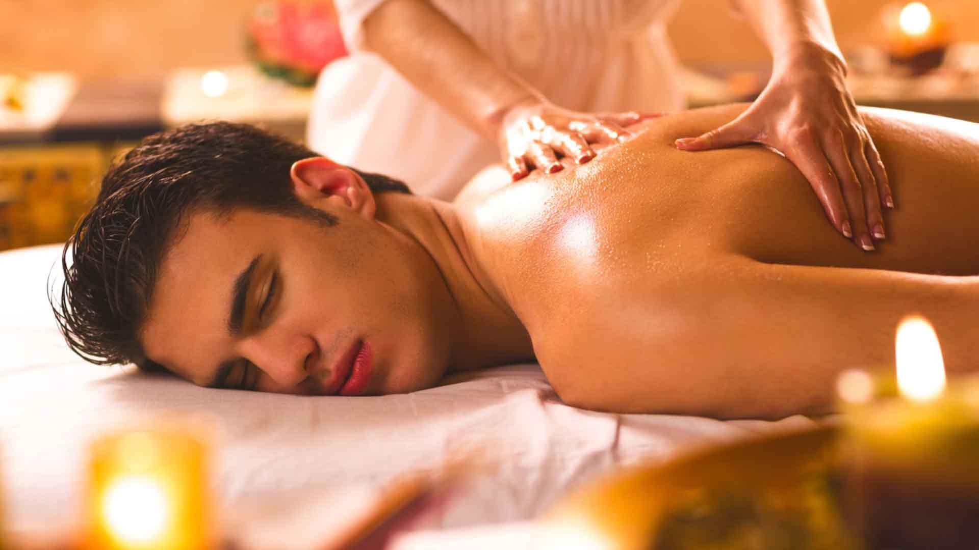 Два интимные массажи для мужчин смотреть онлайн